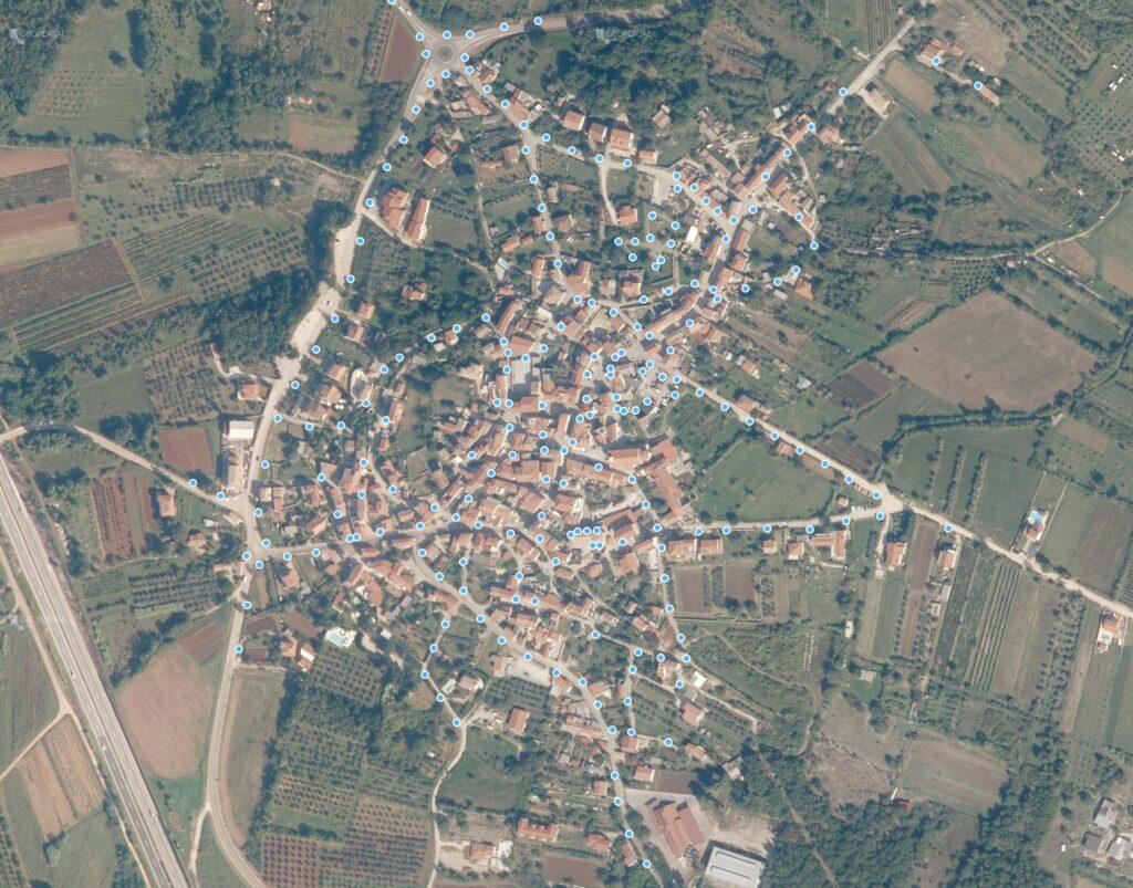 Pregledna karta pozicija stupova javne rasvjete u naselju Brtonigla - Verteneglio
